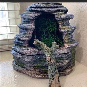 Zilla Reptile spring cave water fountain EUC